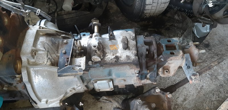 Мкпп (пробег 58 тыс) Nissan Atlas P4F23-040903 TD27 1997