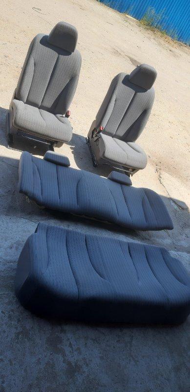 Сиденье(комплект) Nissan Tiida Latio SC11-254158 HR15 2010