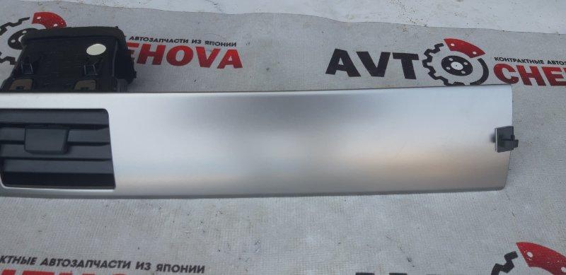 Решетка вентеляционная Nissan Tiida Latio SC11-254158 HR15 2010 передняя левая