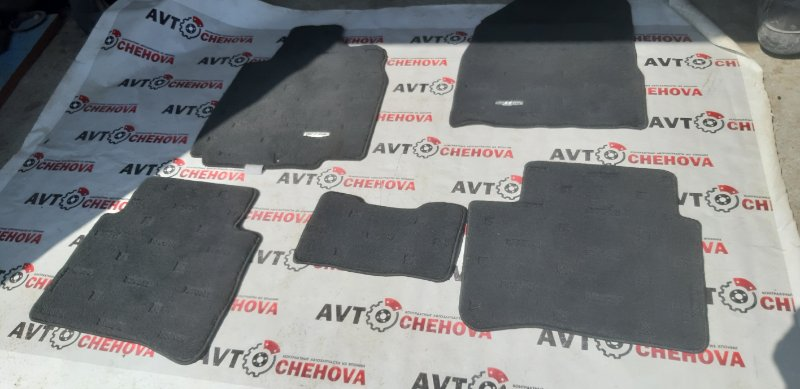Коврики комплект Nissan Tiida Latio SC11-254158 HR15 2010
