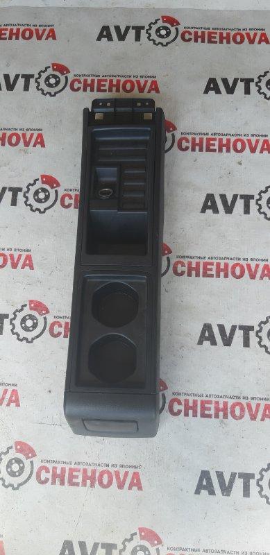 Бардачок между сидений Nissan Tiida Latio SC11-254158 HR15 2010