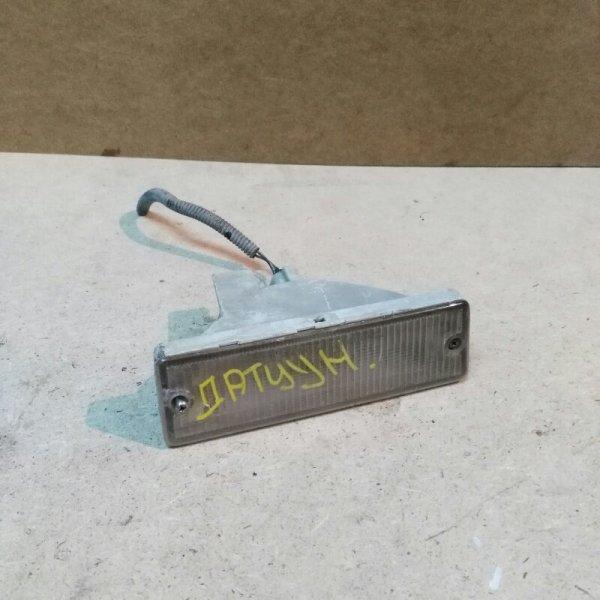Повторитель в бампер Nissan Datsun BMD21 TD27 1993 передний правый