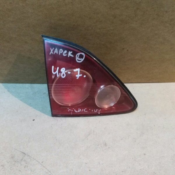 Стоп в крышку багажника Toyota Harrier MCU15 1MZ-FE 1998 задний левый