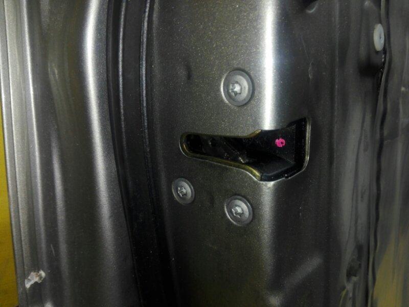 Замок двери Nissan X-Trail NT30 QR20 2001 передний левый