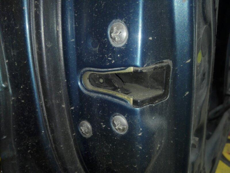Замок двери Toyota Sprinter AE100 5A-FE 1993 передний левый