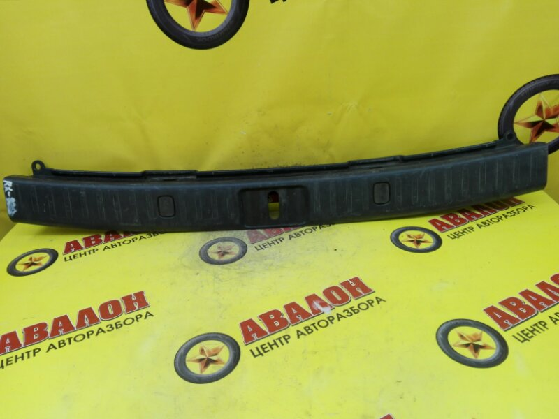 Панель замка багажника Lexus Rx330 MCU33 3MZ-FE 2006