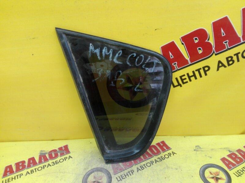 Стекло собачника Mitsubishi Colt Z25A 4G19 2003 левое