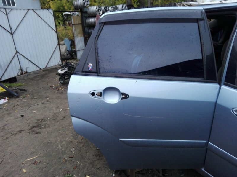 Дверь боковая Ford Focus DFW FYDA 2001 задняя правая