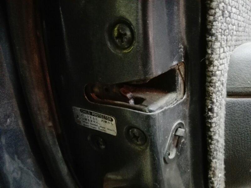 Замок двери Toyota Land Cruiser HZJ81 1HZ 1994 задний левый