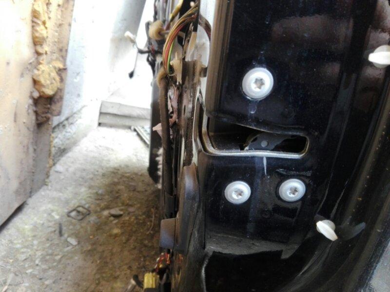 Замок двери Toyota Land Cruiser 200 VDJ200 1VD-FTV 2014 передний правый