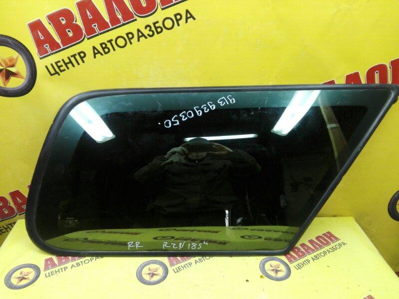Стекло собачника Toyota Hilux Surf KZN185 1KZ-TE 2000 правое