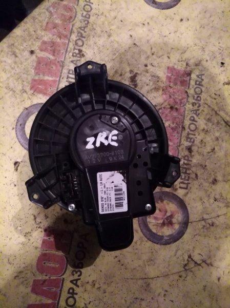Мотор печки Toyota Auris ZRE151