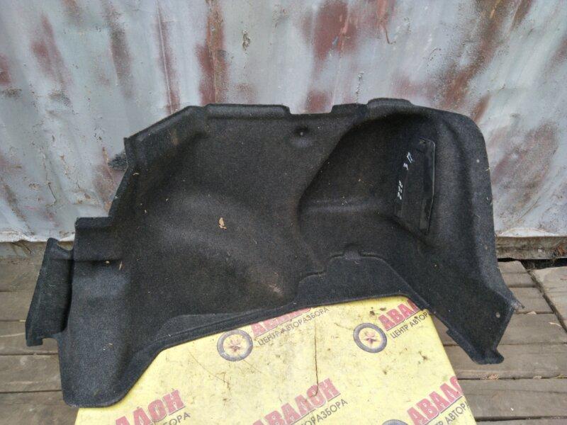 Обшивка багажника Toyota Corolla ZZE121 3ZZ-FE 2005 правая