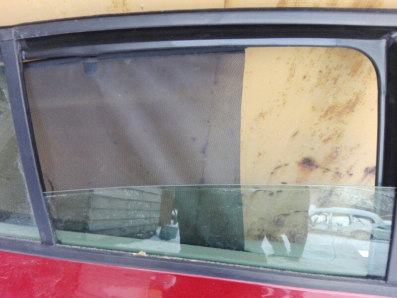 Боковое стекло Renault Megan LM K4M 2007 заднее правое