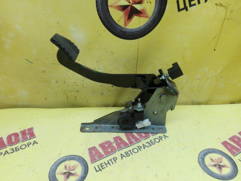 Педаль сцепления Kia Rio QB G4FC 2014