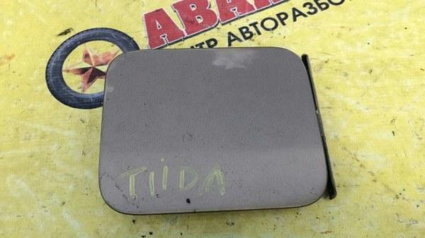 Лючек топливного бака Nissan Tiida SC11 HR16DE 2008