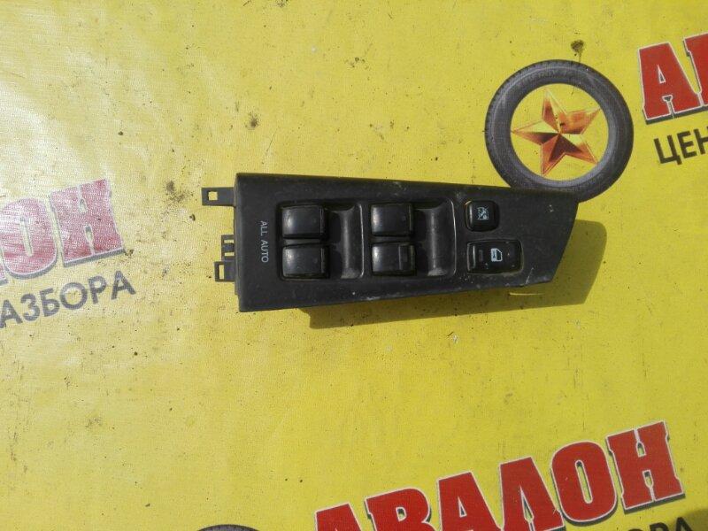 Блок управления стеклами Toyota Corolla Fielder NZE121 1NZ-FE 2001