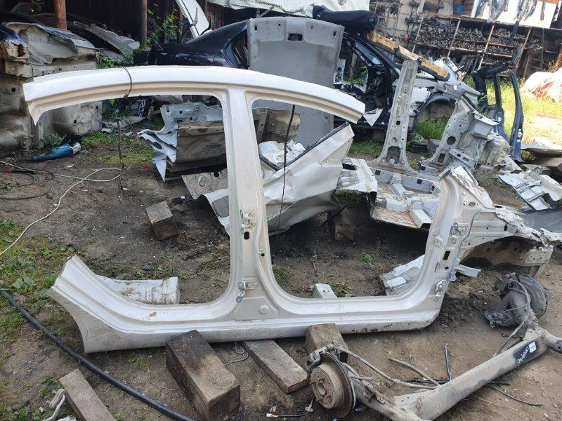 Порог кузова Hyundai Solaris RB G4FA 2015 правый