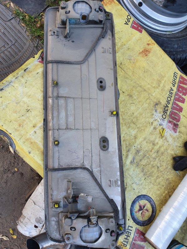 Накладка крышки багажника Lexus Lx570 URJ201 3UR-FE 2009