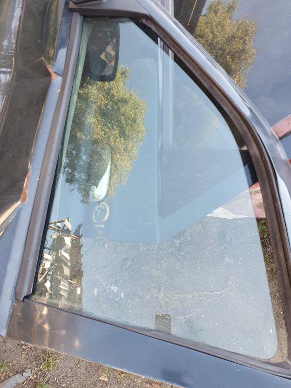 Боковое стекло Ford Escort AFL LUK 1997 переднее левое