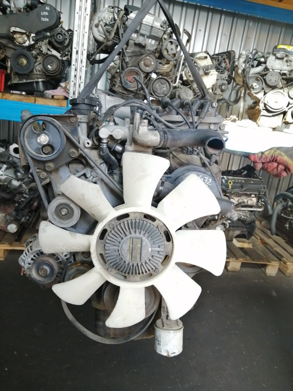 Двигатель Mitsubishi Pajero V43W 6G72