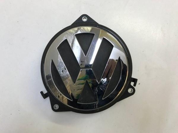 Кнопка открывания багажника Volkswagen Passat CC 2011