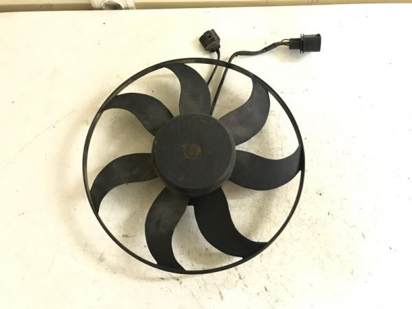Вентилятор охлаждения Audi A3 8P CDL 2.0 2011