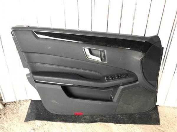 Обшивка двери Mercedes Benz E W212 2.0 2014 передняя левая