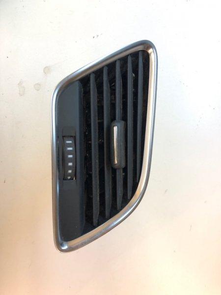 Дефлектор воздушный Audi Q3 3.6 2015 передний правый