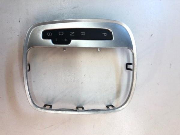 Рамка кулисы акпп Audi Q3 3.6 2015
