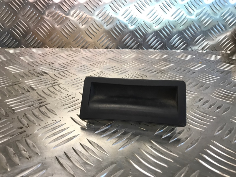 Ручка открывания багажника Audi Q5 CNC 2014