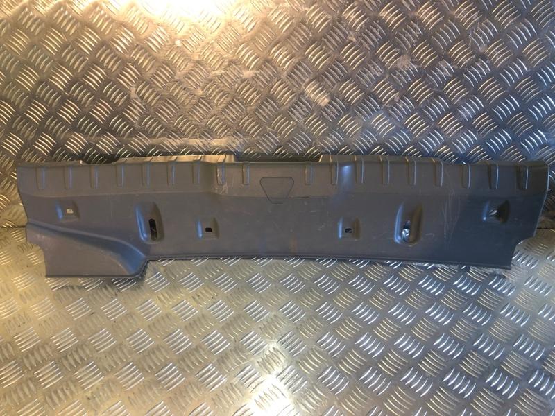 Обшивка багажника на заднюю панель Bmw 7-Series F01/F02 4.4 2009