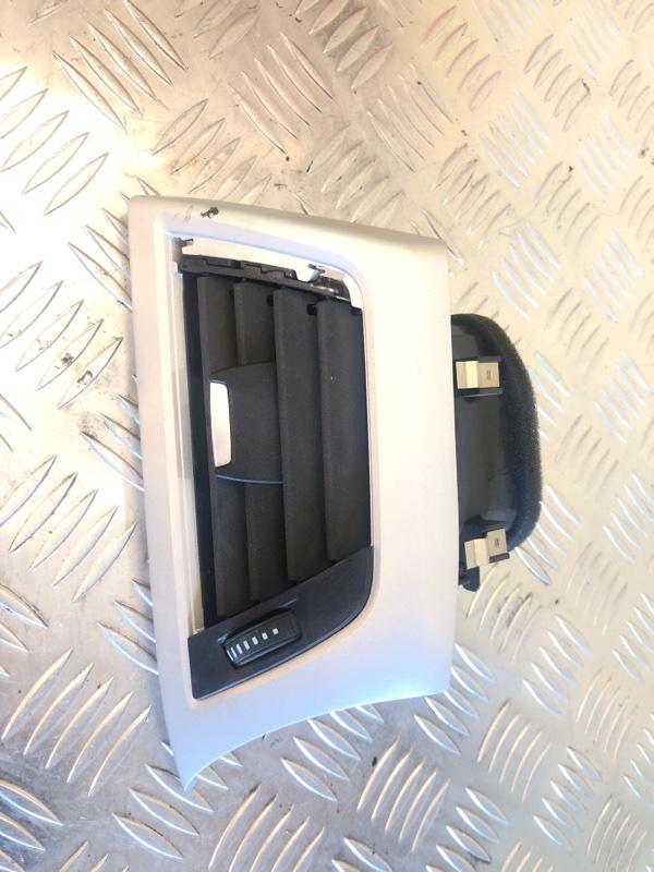 Дефлектор воздушный Mercedes Benz E W212 2.0 2014 передний левый