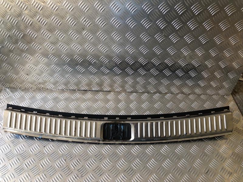Накладка крышки багажника Jaguar Xf I 2011