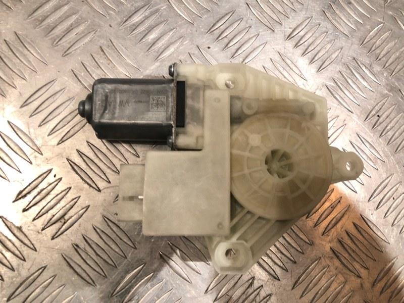 Моторчик стеклоподъемника Skoda Rapid 2017 передний правый
