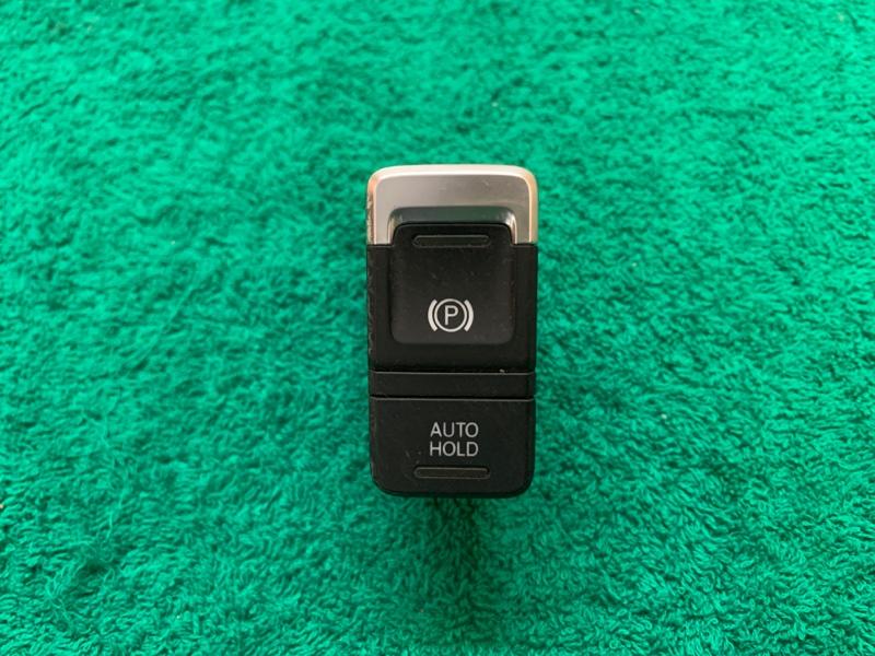 Блок управления парковочным тормозом Volkswagen Touareg NF CRC 3.0D 2014