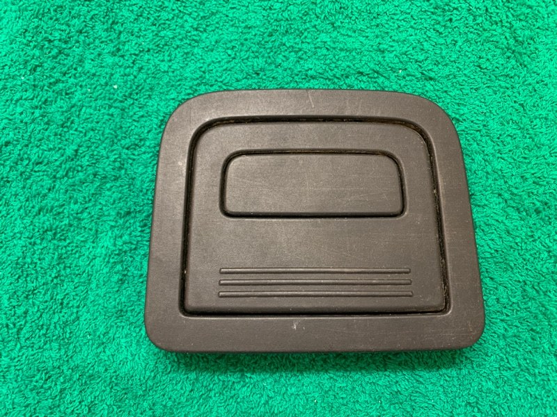 Держатель -ручка багажника Bmw X1 E84 N47D20C 2013