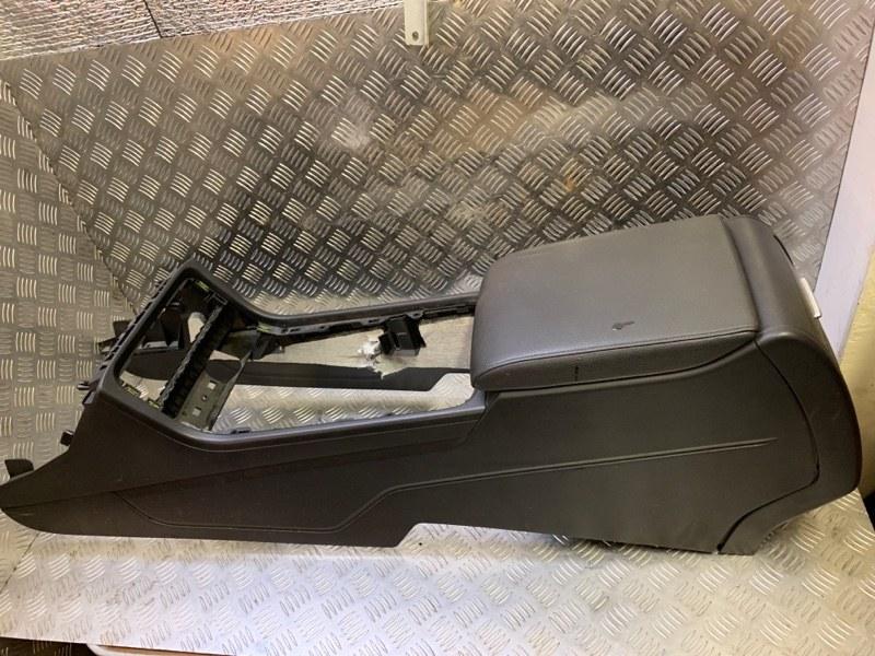 Центральная консоль Volkswagen Touareg NF 3.6 2013