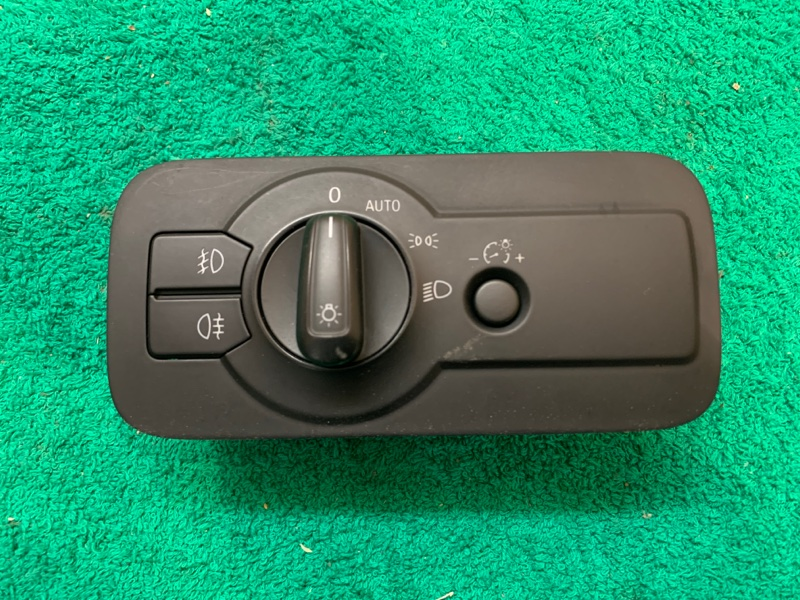 Блок управления светом фар Volkswagen Touareg NF 3.6 2013