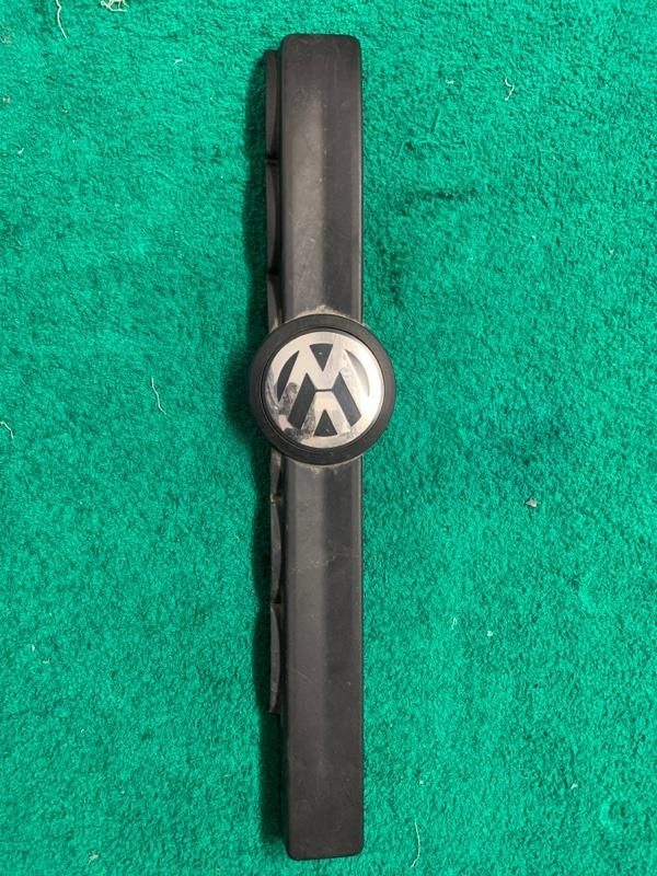 Накладка декоративная Volkswagen Touareg NF 3.6 2013