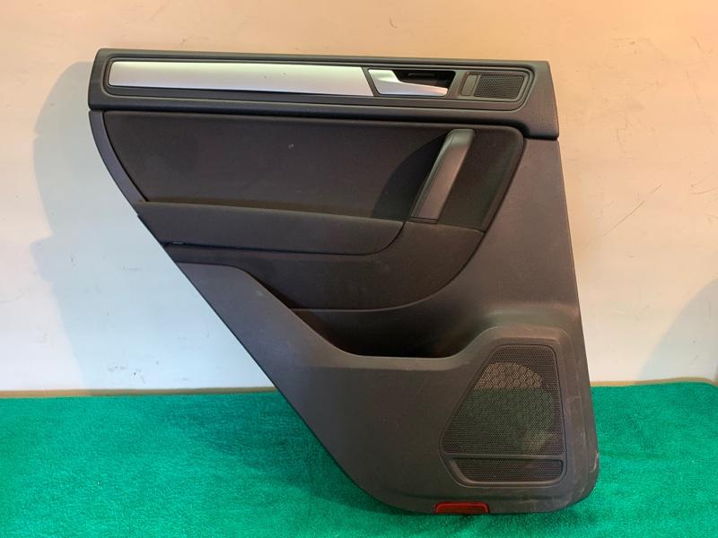 Обшивка двери Volkswagen Touareg NF CRC 3.0D 2014 задняя левая