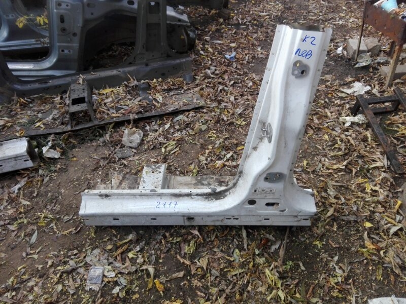 Порог Ford Kuga 2 2013 левый