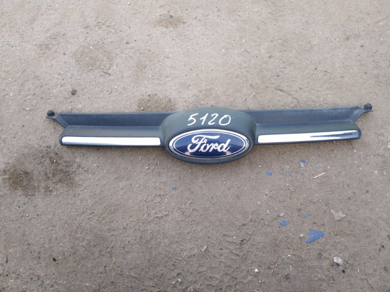 Решетка радиатора Ford Focus 3 CB8 1.6 IQDB 2013