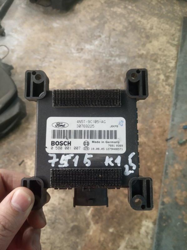 Блок управления бензонасосом Ford Kuga 1 CBV 2.5 ТУРБО 2010