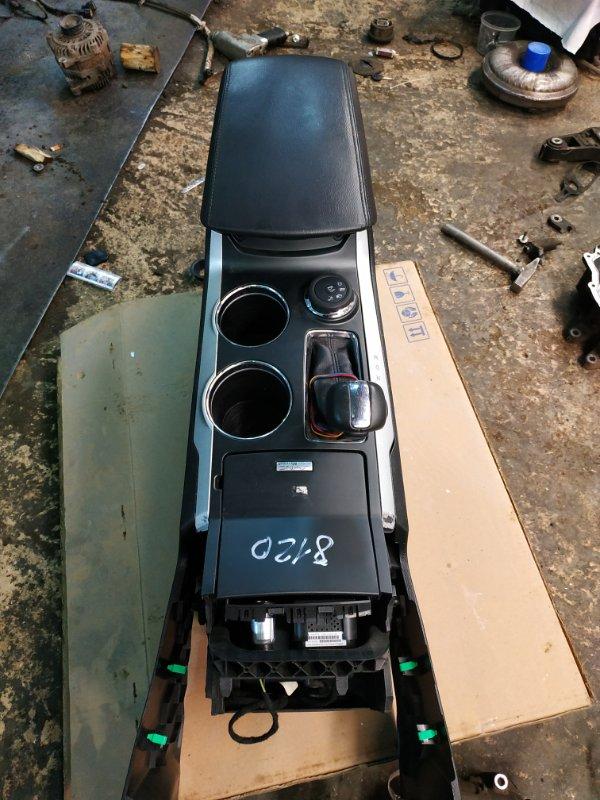 Подлокотник Ford Explorer 5 U502 3.5 2014