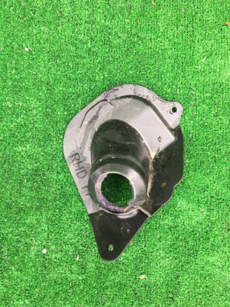 Пыльник рулевой колонки Toyota Corolla Fielder NZE-121 1NZ