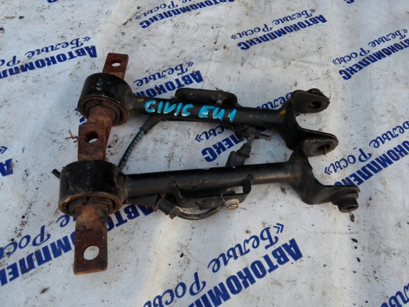 Рычаг подвески Honda Civic EU1 D15B 2002 задний правый