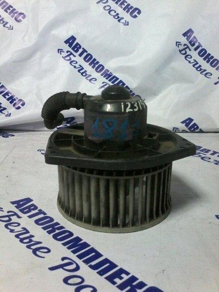 Мотор печки Nissan Largo W30 KA24DE 1993