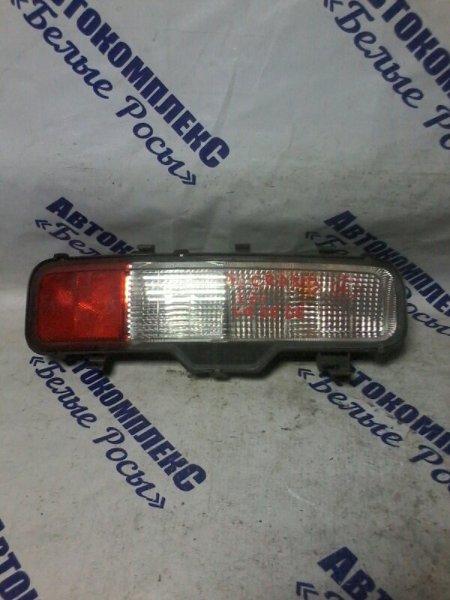 Стоп-сигнал Nissan Elgrand E51 VQ35DE 2002 задний правый