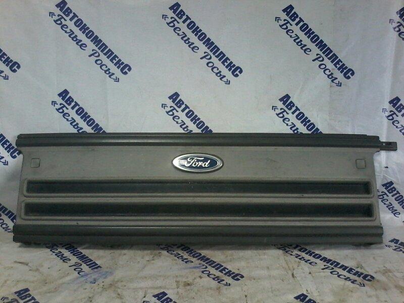 Решетка радиатора Ford передняя